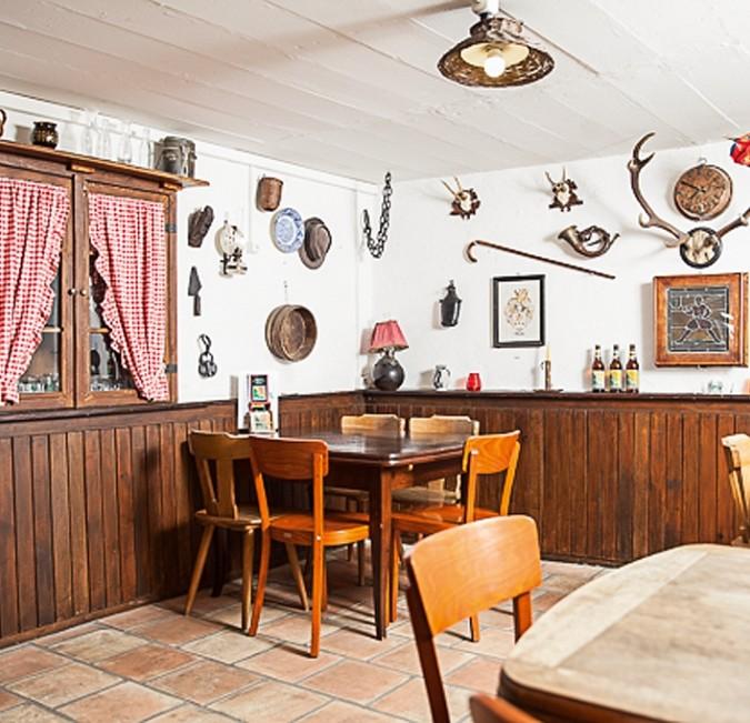 Zur grünen Amsel Restaurant Riehen Bier